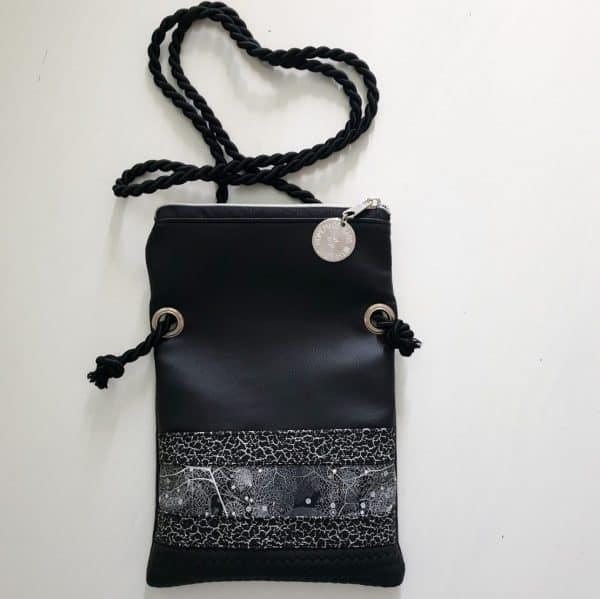 torbica črna lila